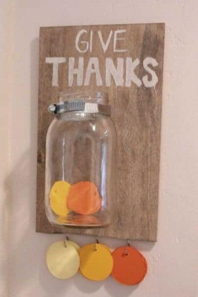 Give thanks jar - a fun Thanksgiving Tradition Idea