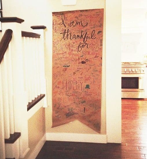 Thanksgiving Door Banner for family members to sign. Thanksgiving Tradition Ideas for Families