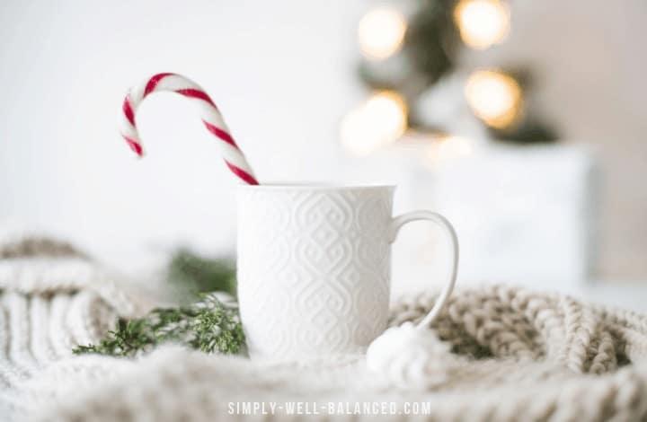 Simplify Christmas: 40 Stress-Free Ideas to Enjoy the Holidays