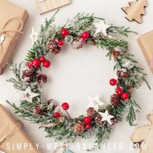 minimalist Christmas wreath and presents
