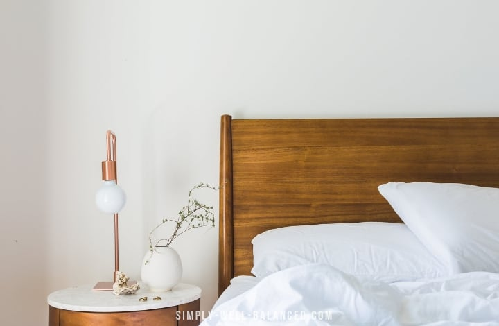 minimalist bedroom with nightstand