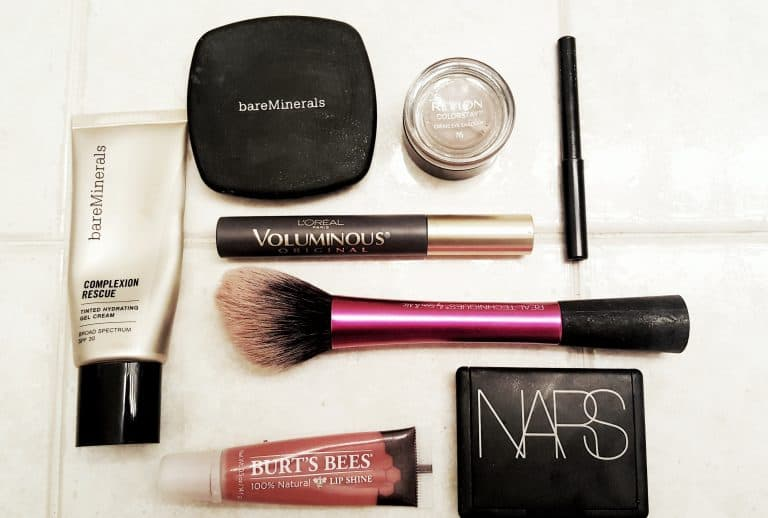 How to Create Your Perfect Minimalist Makeup Collection