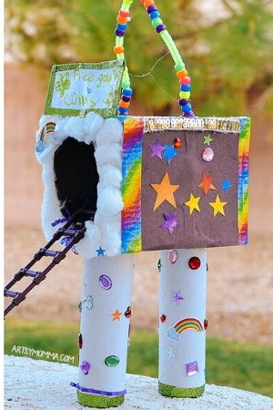 Recycled cardboard rainbow leprechaun trap