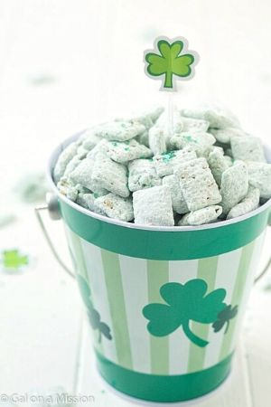 St. Patrick's Day Puppy Chow Snack Mix