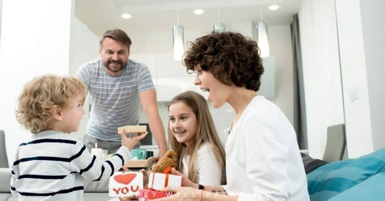 Family Valentine's Day Ideas: 10 Great Ways To Celebrate Together