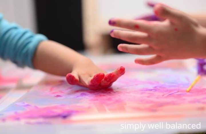 Relaxing activities for kids - finger painting