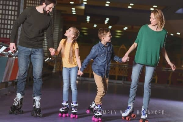 Family skate night at roller rink   Night time activities to do with kids