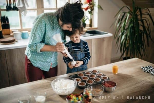 Mother and son baking together at home | At home date night ideas for moms and sons